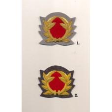 SA maavoimien lakkimerkki tykistö